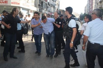 taksimdeki saldiriyi protesto eden sdplilere saldiri
