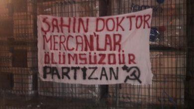partizan pankart astı