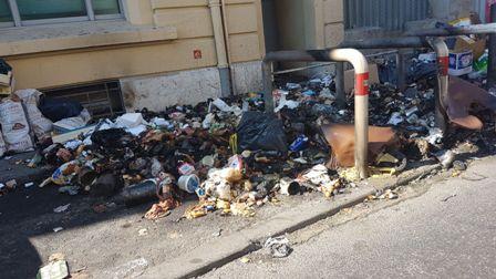fransada belediye işçileri grevde