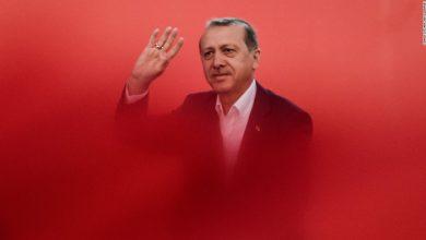 170117184031 turkey erdogan red super 169
